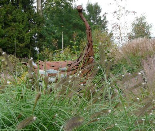 Produktbild Pennisetum alopecuroides 'Japonicum' - Braunes Lampenputzergras